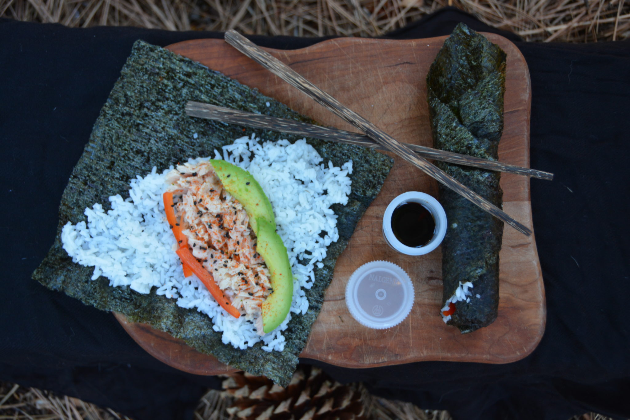 how to make sushi hand rolls at home