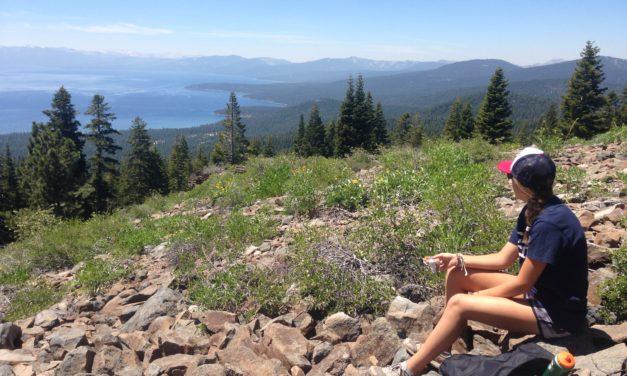 5 Healthy Hiking Snacks