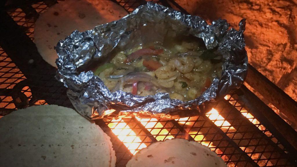 Campfire foil recipe for shrimp fajitas